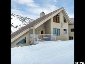共管式独立产权公寓 为 销售 在 9938 E POWDER RUN Road 9938 E POWDER RUN Road Unit: 17 桑迪, 犹他州 84092 美国