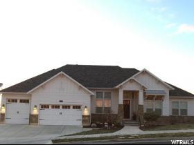 Casa Unifamiliar por un Venta en 235 E PARKWAY Circle North Salt Lake, Utah 84054 Estados Unidos
