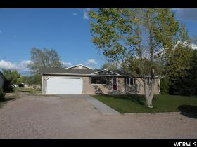 Home for sale at 4654 E Pioneer Dr, Enoch, UT  84721. Listed at 215000 with 5 bedrooms, 3 bathrooms and 2,964 total square feet