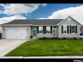 Home for sale at 861 E 2180 North, Lehi, UT  84043. Listed at 459900 with 5 bedrooms, 4 bathrooms and 4,238 total square feet