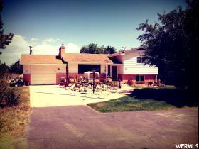 独户住宅 为 销售 在 283 W 300 N 杜申, 犹他州 84021 美国