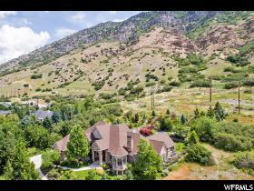 独户住宅 为 销售 在 2778 N FOOTHILL Drive 普若佛, 犹他州 84604 美国