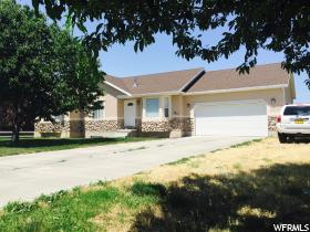 Home for sale at 367 E Davenport Dr, Grantsville, UT  84029. Listed at 284900 with 5 bedrooms, 3 bathrooms and 2,997 total square feet