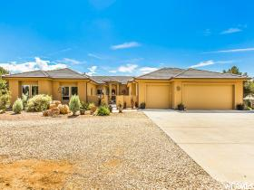 Single Family Home for Sale at 955 W CAMP VALLEY Drive Dammeron Valley, Utah 84783 United States