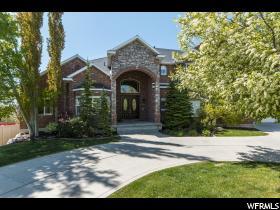 Casa Unifamiliar por un Venta en 1982 S LAKE RIDGE Drive Kaysville, Utah 84037 Estados Unidos