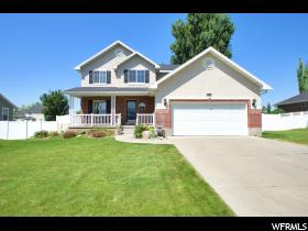 Home for sale at 2456 S 1475 West, Syracuse, UT 84075. Listed at 269900 with 4 bedrooms, 4 bathrooms and 2,619 total square feet
