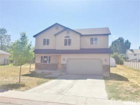 Home for sale at 592 S 2050 West, Vernal, UT 84078. Listed at 170000 with 3 bedrooms, 3 bathrooms and 1,713 total square feet