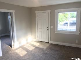 Home for sale at 260 Hollywood Ave, Salt Lake City, UT 84115. Listed at 194900 with 2 bedrooms, 1 bathrooms and 768 total square feet