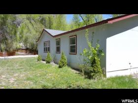 Home for sale at 40125 Sherwood Cir, Fruitland, UT 84027. Listed at 124900 with 3 bedrooms, 2 bathrooms and 1,289 total square feet
