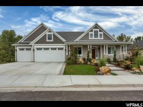 Casa Unifamiliar por un Venta en 884 E FENCE POST Road Fruit Heights, Utah 84037 Estados Unidos