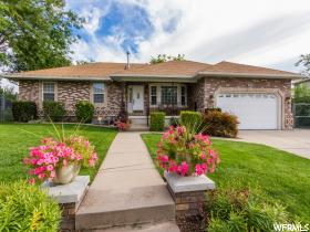 Home for sale at 113 W 1350 North, Centerville, UT 84014. Listed at 419900 with 5 bedrooms, 4 bathrooms and 3,534 total square feet