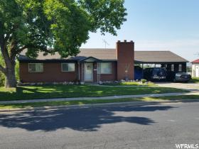 Home for sale at 1876 S Spring Creek Dr, Bountiful, UT  84010. Listed at 275000 with 5 bedrooms, 3 bathrooms and 2,268 total square feet