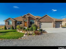 Home for sale at 1034 E Brookfield Ave, Erda, UT  84074. Listed at 469900 with 5 bedrooms, 3 bathrooms and 3,322 total square feet