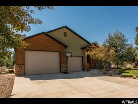 Home for sale at 338 W Willow Ct, Kamas, UT 84036. Listed at 675000 with 5 bedrooms, 5 bathrooms and 5,009 total square feet