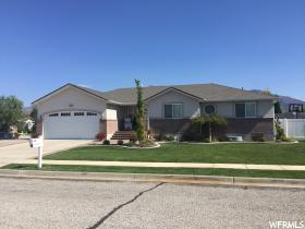 Home for sale at 3660 S 635 West, Riverdale, UT 84405. Listed at 348900 with 6 bedrooms, 3 bathrooms and 3,292 total square feet