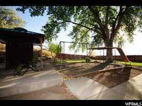 Home for sale at 3184 E Wasatch Oaks Cir, Holladay, UT 84124. Listed at 549900 with 5 bedrooms, 3 bathrooms and 3,232 total square feet
