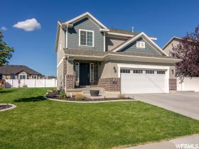 Home for sale at 1076 W 900 South, Clearfield, UT 84015. Listed at 279900 with 4 bedrooms, 3 bathrooms and 2,575 total square feet