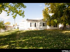 Home for sale at 1622 S 2000 East, Vernal, UT  84078. Listed at 140000 with 3 bedrooms, 2 bathrooms and 1,080 total square feet
