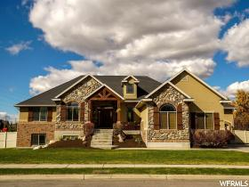 Home for sale at 1440 W Ramola St, Kaysville, UT 84037. Listed at 485000 with 6 bedrooms, 4 bathrooms and 4,049 total square feet