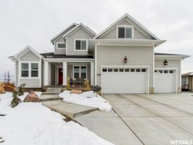 Home for sale at 522 N Botts Dr, Farmington, UT 84025. Listed at 525000 with 4 bedrooms, 3 bathrooms and 4,707 total square feet