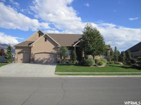 Home for sale at 1005 W Willowmere Dr., Kaysville, UT 84037. Listed at 565000 with 6 bedrooms, 4 bathrooms and 4,796 total square feet
