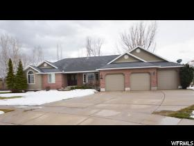 Home for sale at 1485 W Willow, Kaysville, UT 84037. Listed at 439900 with 5 bedrooms, 4 bathrooms and 3,992 total square feet