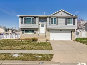 Home for sale at 678 W Willow Bend Dr, Centerville, UT 84014. Listed at 259900 with 3 bedrooms, 2 bathrooms and 1,760 total square feet