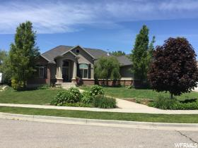 Home for sale at 2270 W 600 North, Kaysville, UT 84037. Listed at 599000 with 6 bedrooms, 4 bathrooms and 4,841 total square feet