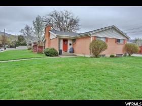 Home for sale at 208 E 750 North, Bountiful, UT 84010. Listed at 269900 with 3 bedrooms, 3 bathrooms and 2,312 total square feet