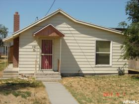 Home for sale at 707 E Main St, Grantsville, UT 84029. Listed at 138100 with 1 bedrooms, 1 bathrooms and 936 total square feet