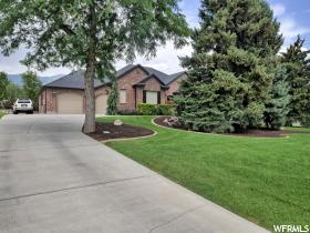 Home for sale at 6016 W Valley View Dr, Highland, UT 84003. Listed at 719995 with 6 bedrooms, 4 bathrooms and 4,400 total square feet