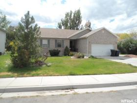 Home for sale at 286 E Sweetwater Dr, Springville, UT 84663. Listed at 289700 with 6 bedrooms, 3 bathrooms and 2,804 total square feet