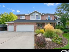 Home for sale at 5245 S Saddleback Dr, Holladay, UT  84117. Listed at 699000 with 6 bedrooms, 4 bathrooms and 4,374 total square feet