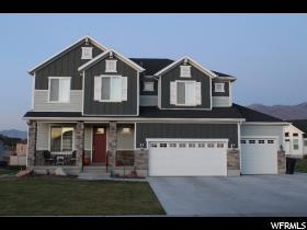 Home for sale at 826 W Belmont Cir, Kaysville, UT  84037. Listed at 499500 with 5 bedrooms, 3 bathrooms and 3,719 total square feet