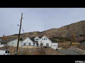 Home for sale at 4106 N Foothill, Provo, UT 84604. Listed at 546685 with 6 bedrooms, 4 bathrooms and 4,217 total square feet