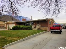 Home for sale at 2654 Lincoln Ln, Holladay, UT  84124. Listed at 534900 with 4 bedrooms, 3 bathrooms and 3,324 total square feet