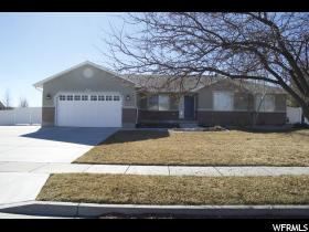Home for sale at 3461 Golden Creek Cir, Riverton, UT 84065. Listed at 409000 with 5 bedrooms, 3 bathrooms and 3,690 total square feet