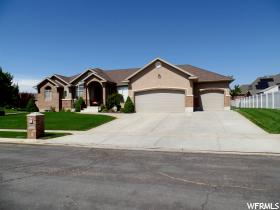 Home for sale at 788 W 3450 South, Syracuse, UT  84075. Listed at 469000 with 6 bedrooms, 4 bathrooms and 4,676 total square feet