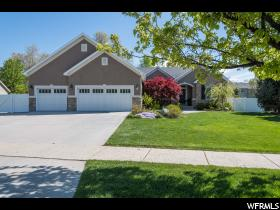 Home for sale at 612 E Hourglass Cir, Draper, UT  84020. Listed at 589000 with 6 bedrooms, 3 bathrooms and 3,624 total square feet