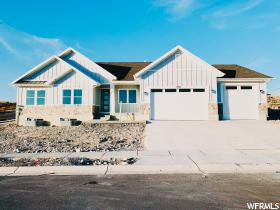 Home for sale at 2925 E Lakeside Dr, Eagle Mountain, UT  84005. Listed at 519900 with 3 bedrooms, 3 bathrooms and 4,023 total square feet