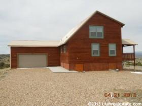 独户住宅 为 销售 在 19239 W COYOTE CYN 杜申, 犹他州 84021 美国