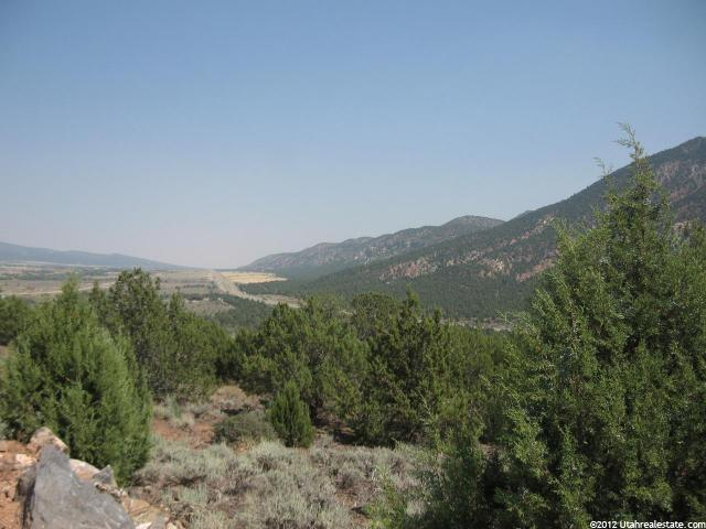 334 S OVERLOOK DR New Harmony, UT 84757 - MLS #: 1075724