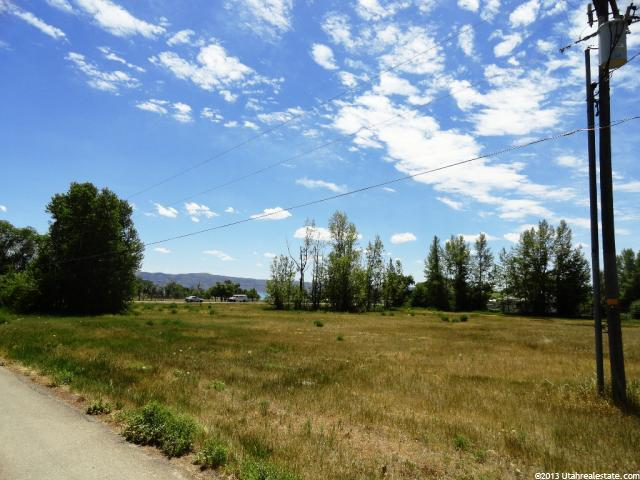 275 S BEAR BLVD Garden City, UT 84028 - MLS #: 1140029