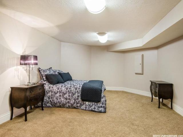 Additional photo for property listing at 2464 E FIELD ROSE Drive 2464 E FIELD ROSE Drive Holladay, Utah 84121 Estados Unidos