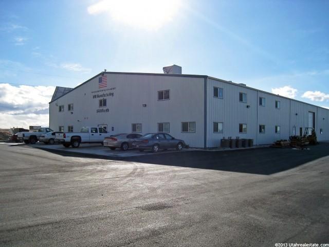 土地 为 销售 在 8220 N COMMERCE Drive Lake Point, 犹他州 84074 美国