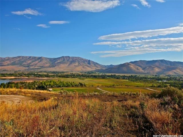 Additional photo for property listing at 6858 E SUMMIT PEAK 6858 E SUMMIT PEAK Huntsville, Utah 84317 États-Unis