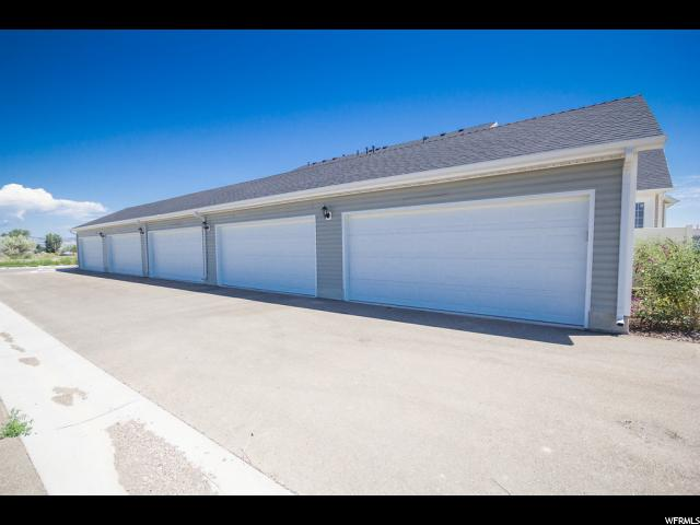 Additional photo for property listing at 2014 S 500 W 2014 S 500 W Unit: 7 Vernal, Utah 84078 États-Unis