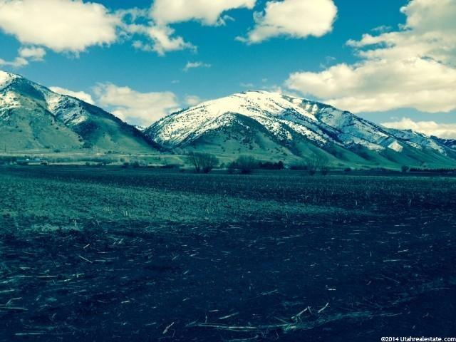 Additional photo for property listing at 3500 S 100 E 3500 S 100 E Millville, Utah 84326 Estados Unidos