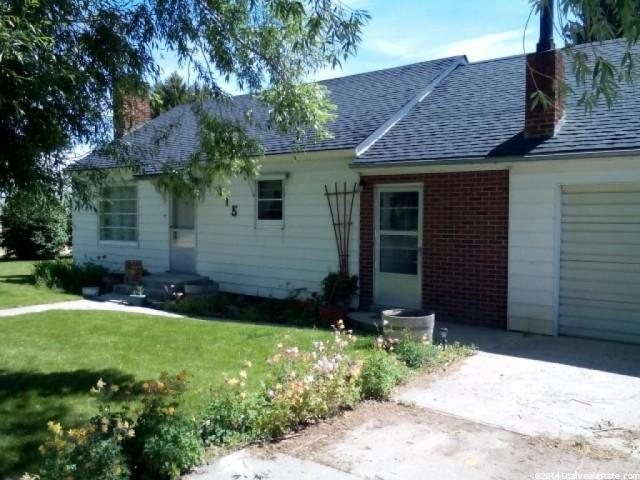 Single Family for Sale at 115 PEARL Street Cokeville, Wyoming 83114 United States