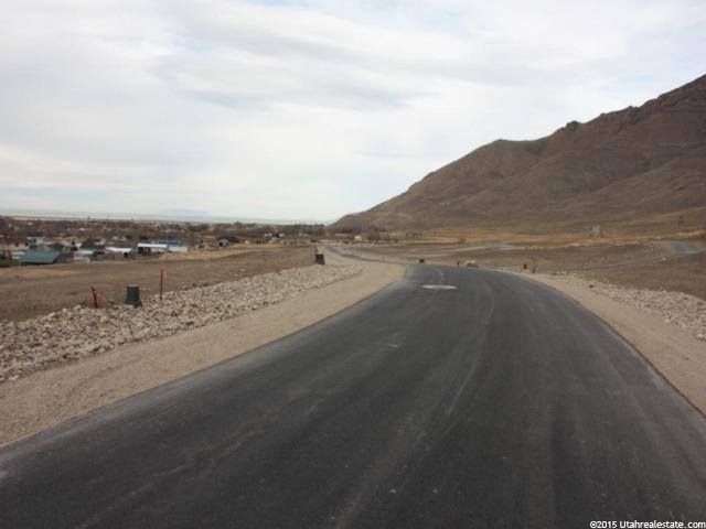 Additional photo for property listing at 7727 N COBBLEROCK Road  Lake Point, Utah 84074 United States